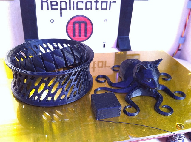 Todbot's first things printed on his new MakerBot Replicator!