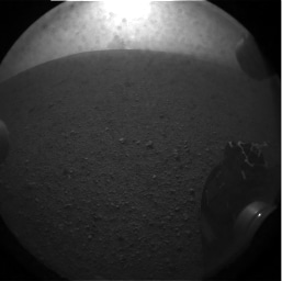 Curiosity's Snaps Picture of Its Shadow