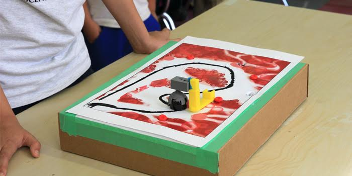 Students Complete Mystery Obstacle Course Challenge With MakerBot